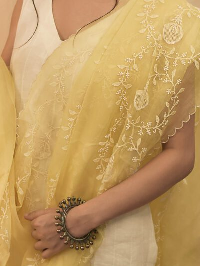 YELLOW ORGANZA DUPATTA WITH SCALLOPED EDGES