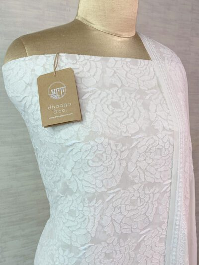 CLASSIC WHITE GEORGETTE SUIT SET WITH ROSE MOTIFS